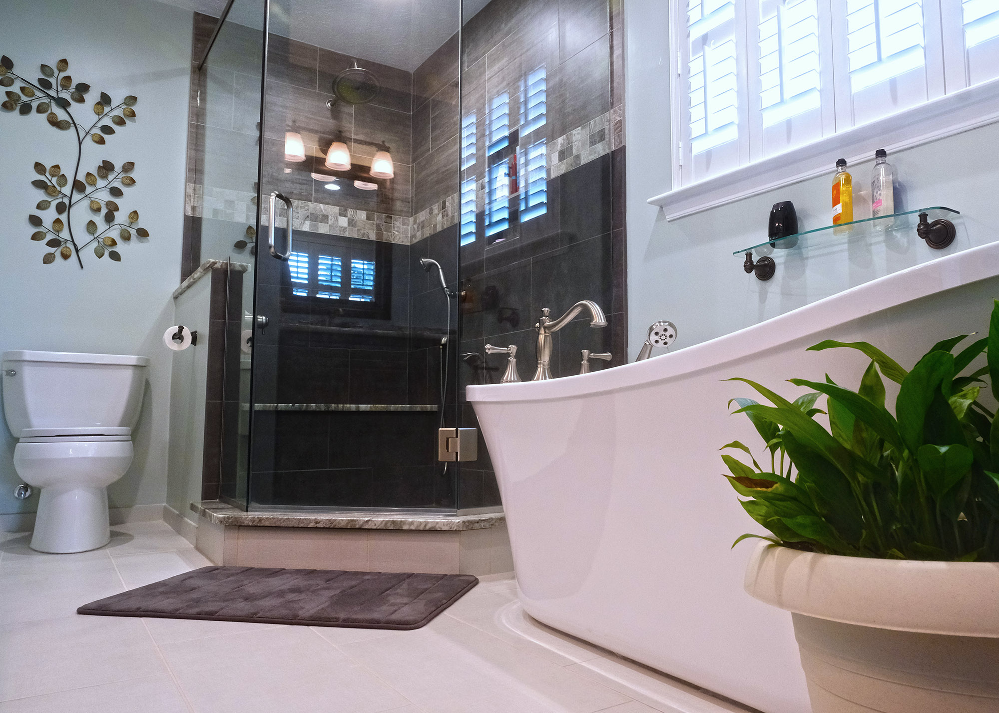 Large master bathroom with walk-in shower, soaking tub and double vanity.